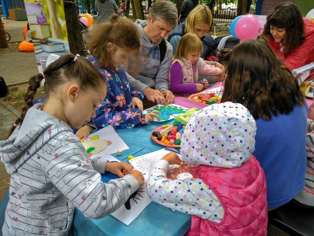 Детская библиотека Северного Тушина провела программу в районном парке